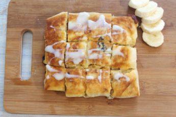 Конвертики из лаваша с бананом и сгущенкой — быстрый завтрак